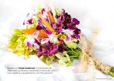 Buquê Tropical de orquídeas roxas, laranjas e amarelas.Tropical Flower Bouquet.