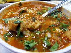 A typical Turkish hangover cure is a tripe soup made with garlic, onions and cream. Authentic Mexican Recipes, Mexican Food Recipes, Italian Recipes, Beef Recipes, Soup Recipes, Healthy Recipes, Ethnic Recipes, Healthy Meals, Menudo Soup