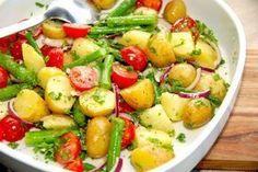 Billed resultat for kartoffelsalat Veggie Recipes, Salad Recipes, Vegetarian Recipes, Snack Recipes, Healthy Recipes, Cook N, Danish Food, Greens Recipe, Recipes From Heaven