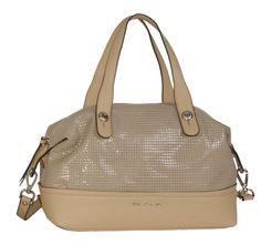 BOLSO BOWLING 2465    Este bolso tipo bowling tiene el color perfecto, es tan fácil de combinar que lo podrás usar en cualquier look, tanto para el día como para la noche. Esta colección de handbags de nuestra marca D´Dona está disponible en dos tamaños, como el bolso de mano 2460 y el bolso shopper 2463.