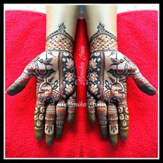 Round Mehndi Design, Palm Mehndi Design, Indian Mehndi Designs, Legs Mehndi Design, Henna Art Designs, Stylish Mehndi Designs, Mehndi Design Pictures, Mehndi Designs For Fingers, Latest Mehndi Designs