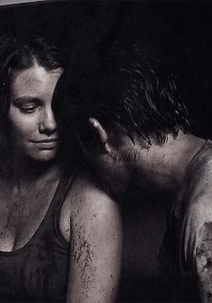 Maggie and Glenn - Moving picture - (GIF IMAGE - Click to view Animation)