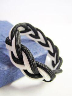 Black and White Paracord Sailor Knot Bracelet