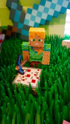Alex Minecraft 3D perler, 3D perler figurine minecraft, minecraft 3D cake perler, minecraft perler beads, Minecraft hama beads, alex minecraft, minecraft party