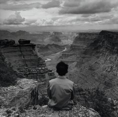 (self-portrait) grand canyon, arizona, 1987 • kwong chi tseng