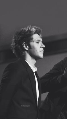 niall horan black and white tumblr - Google Search