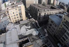 On the Roof – Awesome aerial Street Art by Ella et Pitr Graffiti Murals, Street Art Graffiti, Photographie Street Art, Graffiti Spray Paint, Chili, Portugal, Street Art Photography, French Artists, Paris