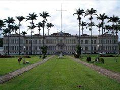 Edifício Arthur Bernardes (Bernardão) - UFV Viçosa/MG