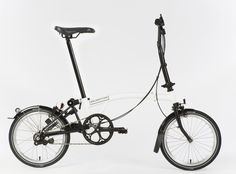 01_White_Black_Brompton_Unfolded at Eerder Metaal in Amersfoort