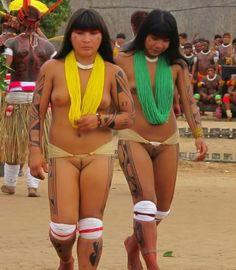 amazonas mädchen nackt