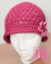 Ravelry: Cluster Beanie with Short Brim & Flower pattern by Pamela Dempsey