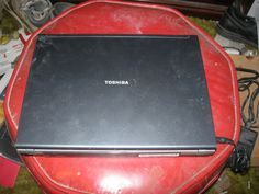 TOSHIBA Satellite U200 Core 2 Duo T5500 3GB RAM 250Gb HDD Laptop