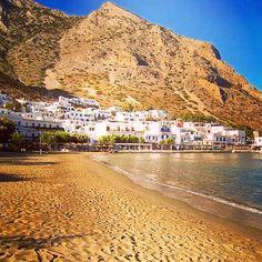 Kamares beach, Sifnos island (Σίφνος)