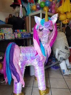 Unicorn Pinata, Birthday Candles, Things To Sell, Ideas, Unicorns, Horses, Thoughts