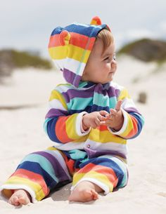 Cute and this will be Tyler on the beach haha covered from head to toe with his white skin!