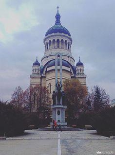 Catedrala Mitropolitana Adormirea Maicii Domnului, Cluj-Napoca, #Roumanie Bon Point, Footprints, Eastern Europe, European Travel, Solo Travel, Homeland, Cool Places To Visit, Perfect Place, Travel Inspiration