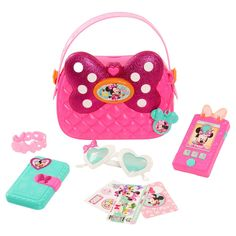 Superb Minnie's Happy Helpers Bag Set Now at Smyths Toys UK. Shop for Minnie Mouse At Great Prices. Free Home Delivery for orders over Little Girl Toys, Baby Girl Toys, Toys For Girls, Baby Dolls, Minnie Mouse Purse, Pink Minnie, Minnie Mouse Stuff, Minnie Toys, Muñeca Baby Alive