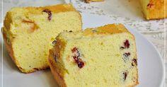 for the love of baking Food Cakes, Croissants, Cake Recipes, Dessert Recipes, Desserts, Italian Panettone, Moist Yellow Cakes, Cranberry Cake, Desert Recipes