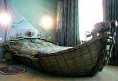 wohnideen schlaffzimmer bett in boot form