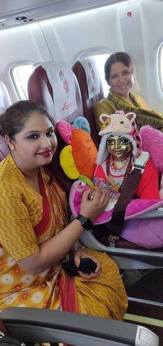 Bal Krishna, Jai Shree Krishna, Radha Krishna Photo, Krishna Photos, Krishna Love, Krishna Art, Radhe Krishna, Krishna Bhagwan, Laddu Gopal Dresses