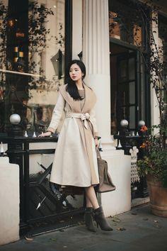 daily 2018 feminine & classy look f/w season kfashun in 2019 Korean Fashion Winter, Korean Fashion Dress, Winter Fashion Outfits, Asian Fashion, Girl Fashion, Fashion Dresses, Fashion Design, How To Look Classy, Look Chic