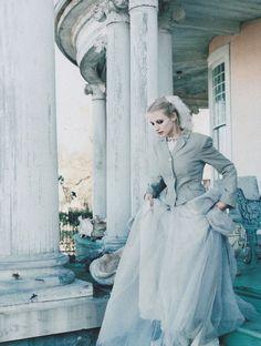 Esther de Jong by Perry Ogden for Vogue Italia