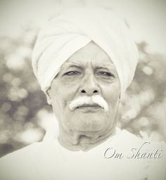 A early picture of the founder of the Brahma Kumaris World Spiritual University. It teaches a very unique world view. Spiritual Thoughts, Spiritual Life, Meditation Practices, Yoga Meditation, Brahma Kumaris Meditation, World Cycle, Om Shanti Om, Oregon Usa, Mind Power