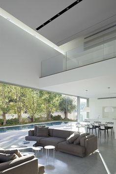 Afeka House by Pitsou Kedem Architects