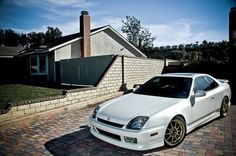 This is why i want the Prelude thats just been sitting around in the drive way! My project car?