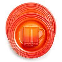 Le Creuset® Flame Plates :: Tangerine Tango