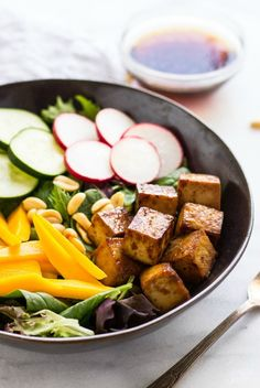 Rejuvenate your body with a delicious tofu salad. This healthy meal is ideal for lunch or a quick dinner. Click to check out this amazing recipe.