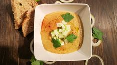 Kikertsuppe med eple og karri Meatless Monday, Everyday Food, Hummus, Food Inspiration, Thai Red Curry, Protein, Dinner Recipes, Food And Drink, Lunch