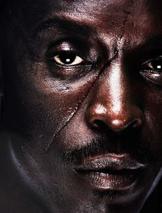 Michael Kenneth Williams as Omar in The Wire. I fucking love Omar Michael K Williams, Kenneth Williams, I Love Series, Tv Series, The Wire Hbo, Best Portraits, Thing 1, Six Feet Under, Black Is Beautiful