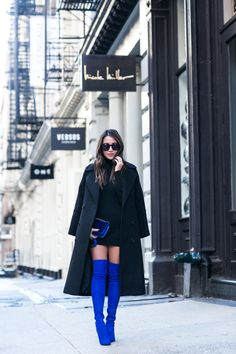 Double Sapphire :: Dressy blue & Casual blue - Chanel Boots - Trending Chanel Boots for sales. Casual Winter Outfits, Winter Dresses, Fall Outfits, Outfit Winter, Karen Walker, Dark Green Long Dress, Stuart Weitzman, Wendy's Lookbook, Over The Knee Boot Outfit