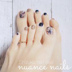 Nail Art Designs Videos, Simple Nail Art Designs, Easy Nail Art, Nail Designs, Korean Nail Art, Korean Nails, Beach Holiday Nails, Feet Nail Design, Feet Nails