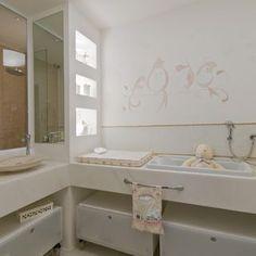 Banheiro com papel de parede Pássaros