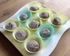 Truffle, Mini Cupcakes, Rum, Desserts, Food, Tailgate Desserts, Truffles, Deserts, Essen