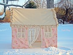 Lovely playhouse with solid tan posh ruffled roof. Lots of room to play. The outside has a waverly pink floral, with Pvc Projects, Sewing Projects, House Tent, Kids Tents, Play Tents, Hand Applique, Lace Curtains, Fabric Wallpaper, Play Houses