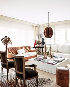 Love the neutral palette, graphic details, and mix of traditional and modern elements...