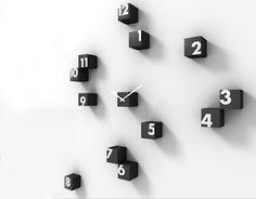 """""""Round Design Clock"""" by Rnd Lab"""