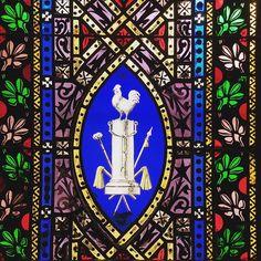 Vitrall des de la bastida.  #stainedglass #vitrall #vitral #arquitectura #craft #architecture #art #artesania