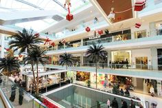 """""""Metro mall"""" shopping centre"""