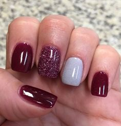 Nail Art Ideas Cranberry Glitter & Silver NexGen nails Wedding Gifts – How Much To Spend Most adults Fancy Nails, Cute Nails, Pretty Nails, Perfect Nails, Gorgeous Nails, Cranberry Nails, Nail Lacquer, Nail Polish, Dipped Nails