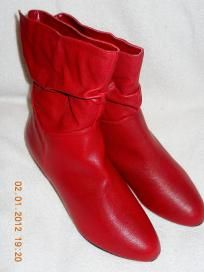 Ladies Boots. Size 6 New Shipping Included