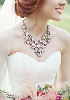 Make your bridal look shining with cool accessories! Jewelry is what makes your look finished and polished, and statement jewelry accessories are very trendy. Almost any gown allows a cool statement necklace. Perfect Wedding, Dream Wedding, Wedding Day, Diy Wedding, Bridal Accessories, Wedding Jewelry, Wedding Necklaces, Bridal Necklace, Rhinestone Necklace