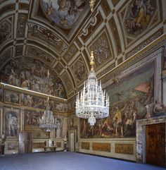 Once owned by the Medici Family Atlanta Nightlife, Driving In Italy, Florence Tuscany, Grand Tour, Sacred Art, Museum, Architecture, Italy Travel, Verona
