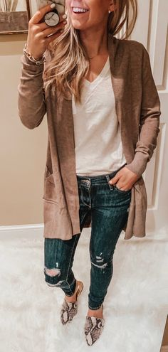 bb37f48bfcf 25+ Awesome Spring Outfits To Inspire Yourself