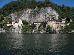 Ripresa da lontano di Santa Caterina del Sasso