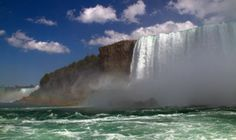 Stunning shot of horseshoe falls. You really cannot gain an understanding for how turnbulet these water are until you've experienced Niagara Falls up-close and personal | Picfari.com