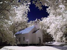"""~ """"Missionary Baptist Church"""" winter located in historic Cades Cove, Tennessee ~ takes my breath away and stirs my soul ~♥ Old Country Churches, Old Churches, Country Roads, Missionary Baptist Church, Church Pictures, Snow Pictures, Cades Cove, Church Building, Chapelle"""